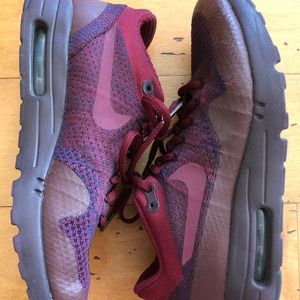 Nike Red Maroon Workout Tennis Shoes 8